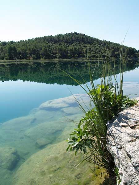 Lagunas de Ruidera. Agua cristalina con increibles reflejos